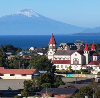 vista de la ciudad de puerto varas chile