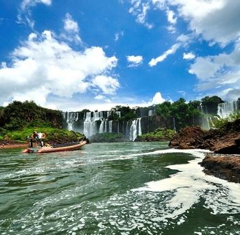 cataratas del iguazú, ubicado en la frontera entre brasil y argentina