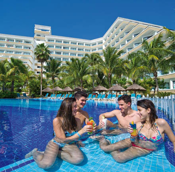 piscina-pool_tcm49-103830