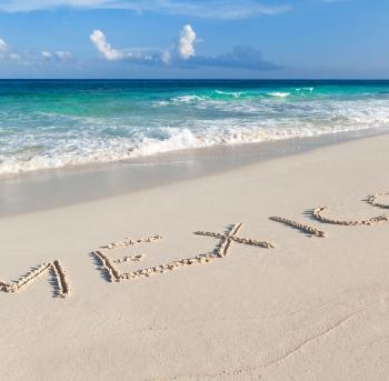 playa del mar del caribe en cancun-méxico