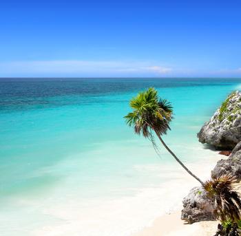 la impresionante playa de tulum riviera maya
