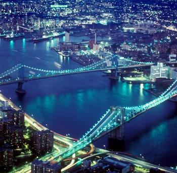 brooklyn bridge and manhattan bridge in new york city