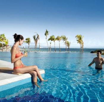 piscina-pool_tcm49-99712